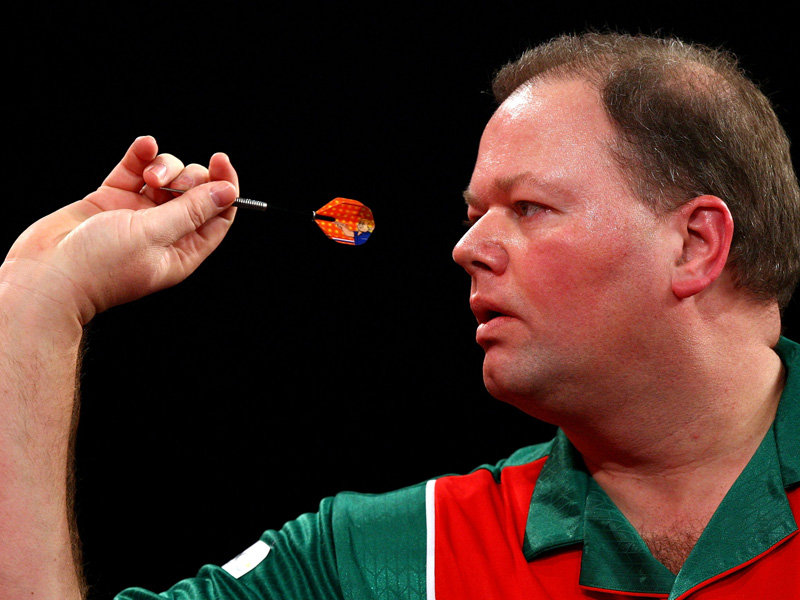 raymond van barneveld height