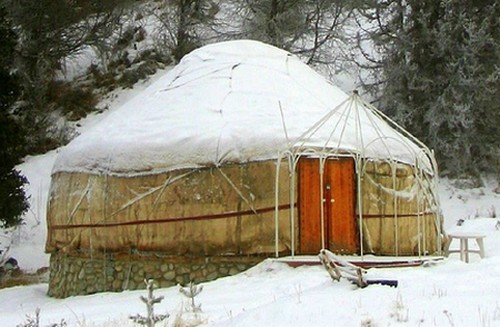 Kirgiz jurta télen