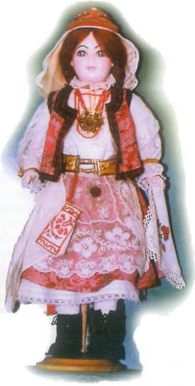 c6bb0b614c moldvai csángó lány; Gyimesi csángó viselet